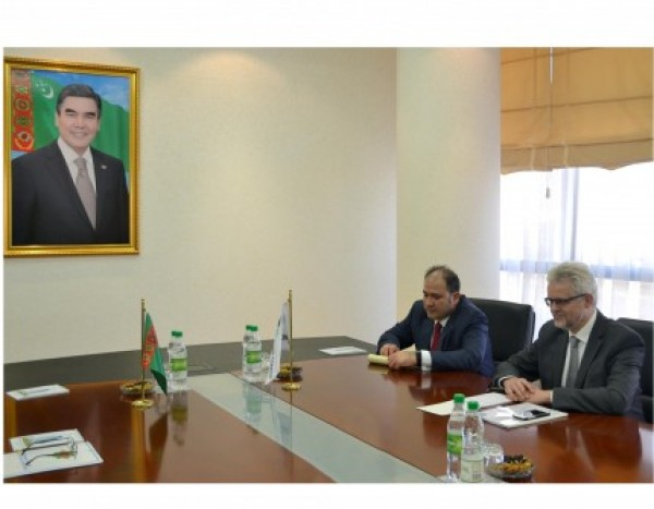 The MFA of Turkmenistan held a meeting with Secretary General of the Energy Charter Urban Rusnak